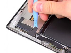 changer-batterie-ipad-2-etape4