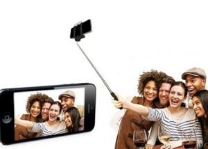 Perche à Selfie pour vos photos de groupe !