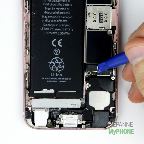 Retrait du connecteur de la batterie
